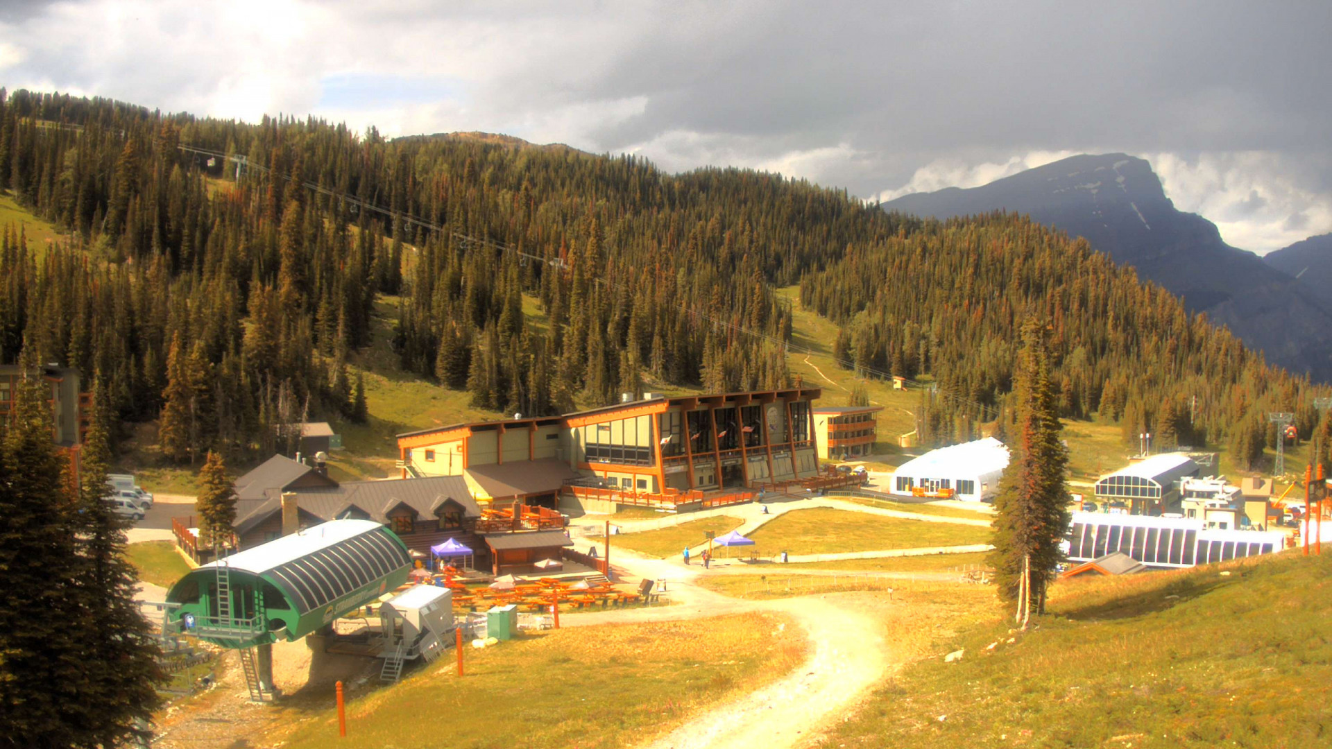 Sunshine Village Ski Resort Web Cams - Sunshine Mountain Lodge