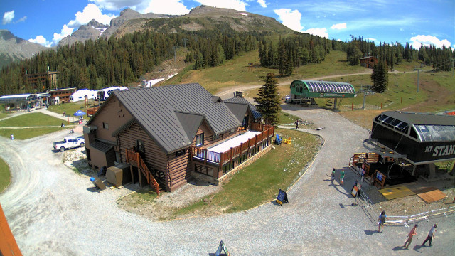 Sunshine Village Ski Resort Web Cams - Village Cam